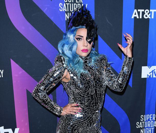 Lady Gaga julkaisi uutta musiikkia.