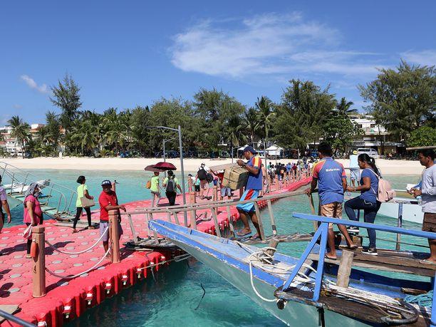"""Saarelle on lokakuun 16. päivästä alkaen päästetty """"testituristja"""". Kuva on otettu tiistaina."""