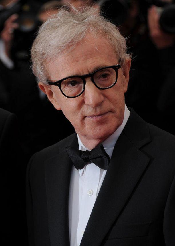 Woody Allenilla on sana hallussa.