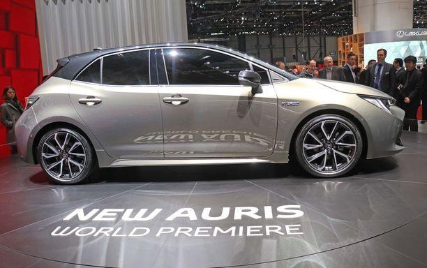 Tämä maaliskuussa esitelty uusi Auris-malli pääsee Euroopan markkinoille vuonna 2019, mutta markkinoille tullessaan nimi on jo Corolla.