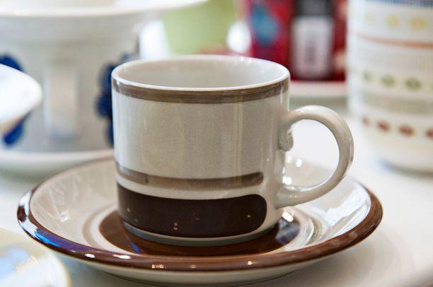 Pirtti-sarjan kahvikuppi on tuttu näky suomalaisissa kahvipöydissä.