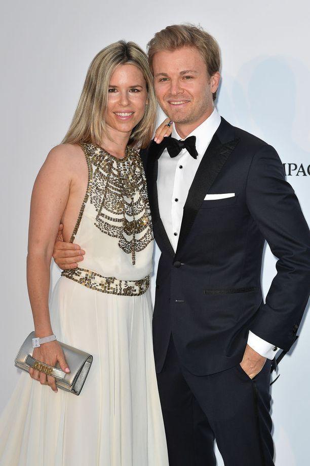 Vivian ja Nico Rosbergilla on kaksi tytärtä.