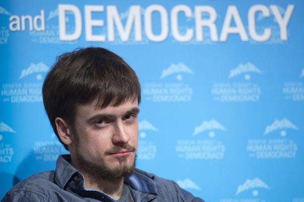 Pjotr Verzilov on sairaalassa teho-osastolla myrkytysoireiden vuoksi.