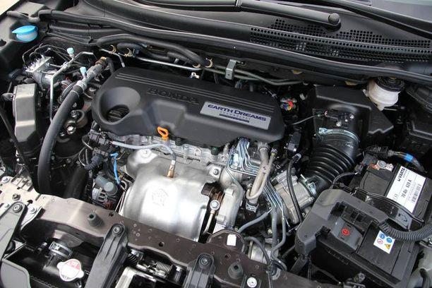 Kaksoisahdettu diesel on riittävä isoon autoon.