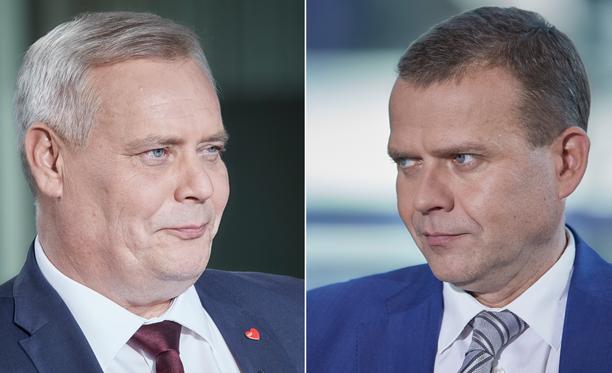 Antti Rinne ja Petteri Orpo olivat kyselytunnilla napit vastakkain.