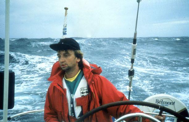 Harry Harkimo saapui Suomeen huiman purjehduksensa jälkeen tasan 30 vuotta sitten.