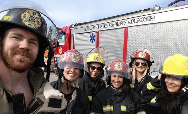 Bachelor Suomi -jaksossa nähdään tiistaina tutustumiskierros palomiesten työn arkeen.