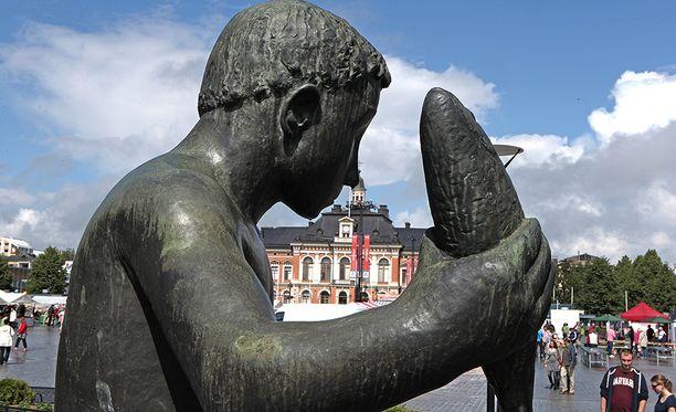 Kuopion tori on nähtävyys jo itsessään.