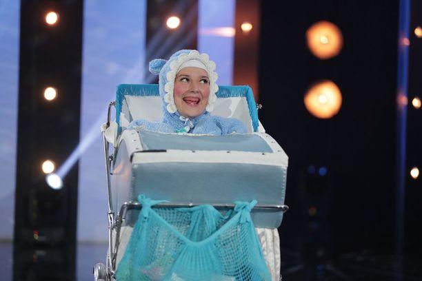 Make-vauva nauratti Putouksessa niin Roope Salmista kuin yleisöäkin.