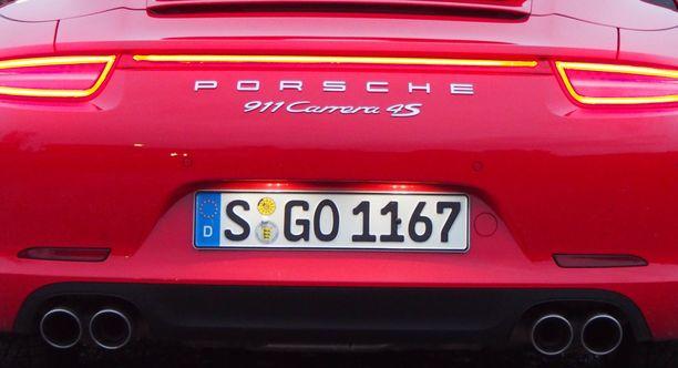 Porschen tapaisessa autossa ikä on usein vain numero, mutta iän myötä kilometrejä kertyy. Esimerkkiautollamme oli ajettu jo noin 190 000 kilometriä. (EI KUVAN AUTO).
