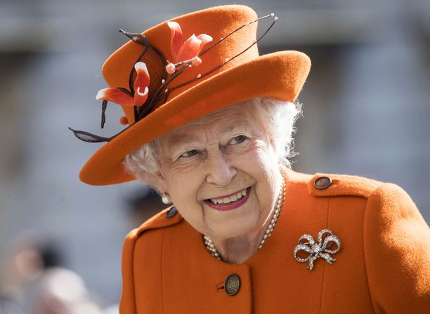 Kuningatar Elisabetin suuri perhejoulu on peruttu koronapandemian vuoksi.