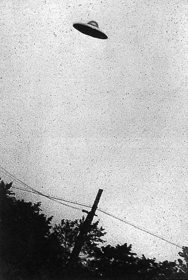 Yhdysvalloissa vuonna 1952 otettua kuuluisaa kuvaa on tutkittu paljon. Kuljun mukaan ufotutkijat pitävät sitä aitona, sillä kuvien väärentäminen oli tuolloin varsin hankalaa.