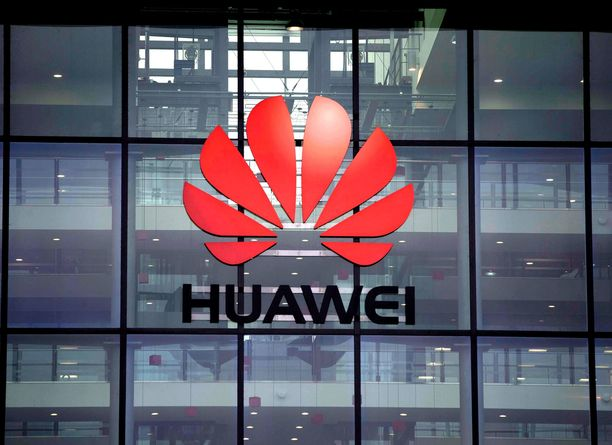 Huawein mukaan tapahtuma on vaikuttanut haitallisesti yhtiön maineeseen.