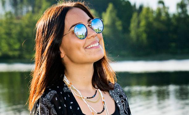 Anna Abreu julkaissee tänä vuonna uuden albuminsa.