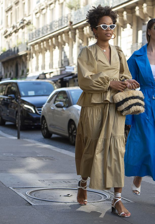 July 4, 2019 - Paris, France - Valentino. - Streetstyle, ppl, People on street, Haute Couture Winter 2019 Woman, Paris fashion week 2019 Women ready to wear for fall winter France. (Credit Image: © FashionPPS via ZUMA Wire)