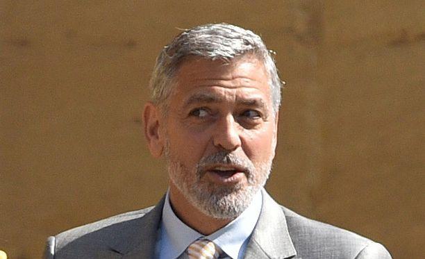 George Clooney innostui häissä tanssimaan.