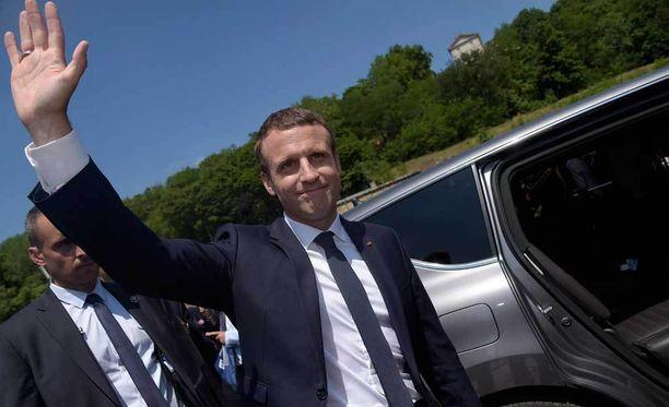 Tuore presidentti Emmanuel Macron sai selkeän voiton parlamenttivaaleissa.