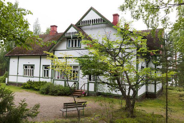 Kotkaniemi, eli entisen presidentin kotimuseo sijaitsee Luumäellä noin 20 kilometrin päässä Lappeenrannasta. Kuva on otettu vuonna 2013.