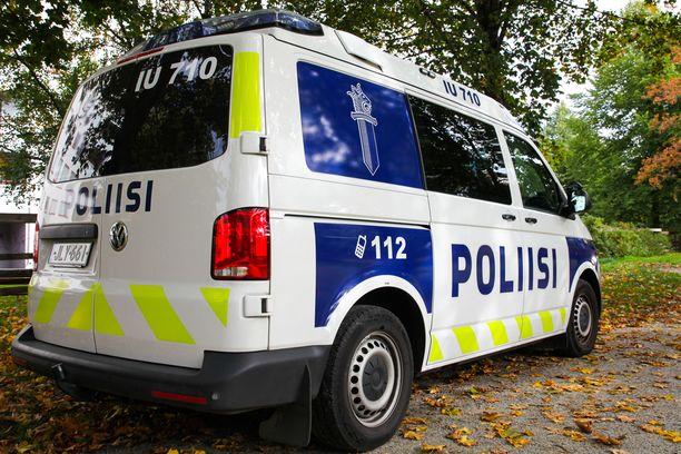 Hämeenlinnassa poliisia on ammuttu työtehtävän yhteydessä. Kuvituskuva.
