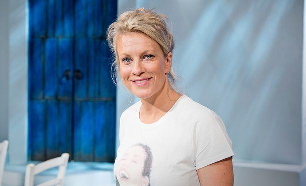 Laura Voutilainen on Mamma Mia -musikaalin pääroolissa.