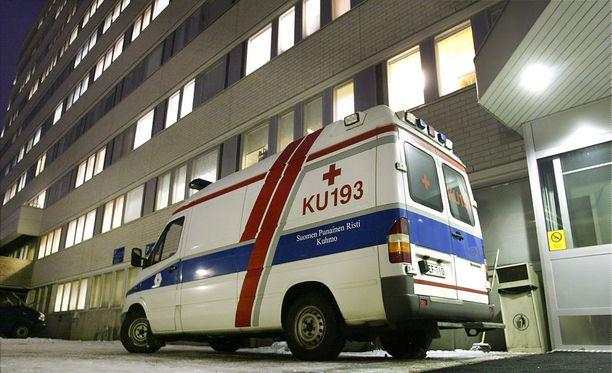 Sairaalassa tyttövauvan todettiin saaneen kalloluun murtuman ja kovankalvon alaisen verenvuodon. Kuvassa Kainuun keskussairaala.