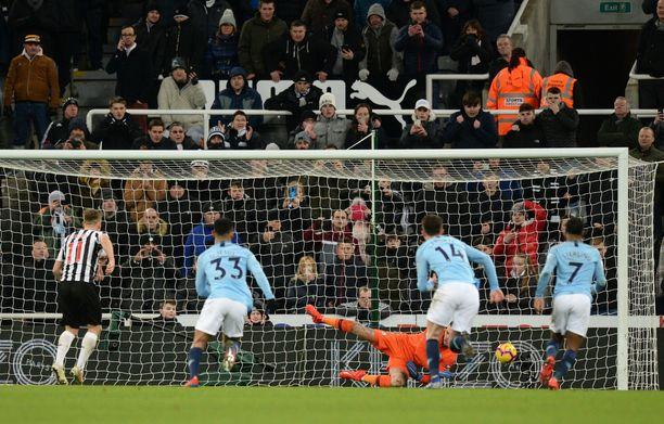 Manchester City koki sokkitappion Newcastlelle. Tänään City kohtaa kotinurmellaan Arsenalin.