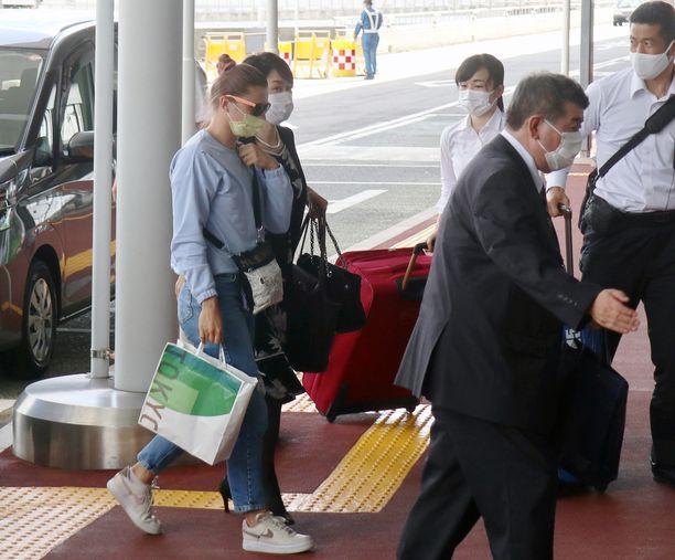 Krystsina Tsimanouskaja saapui keskiviikkona Naritan lentoasemalle ja nousi Wienin koneeseen.