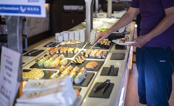 Ravintola Itsudemo avasi sushibuffetinsa maanantaina 22.6.