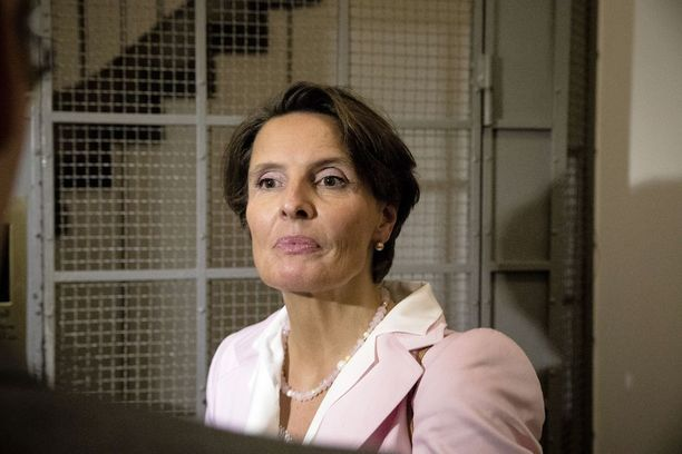 Eduskunnan tarkastusvaliokunta antaa tänään lausuntonsa liittyen liikenne- ja viestintäministeri Anne Bernerin toimiin Finavian ohjaamisessa.