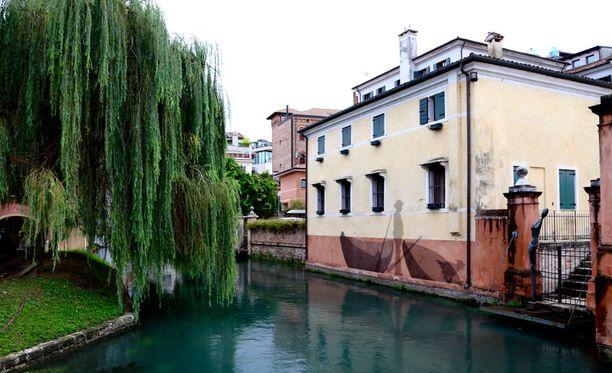 Treviso on Venetsiaa hiljaisempi ja ruuhkattomampi. Mutta silti vierailun arvoinen.