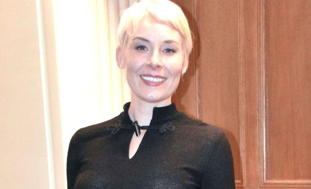 Laura Lindstedt luopui ehdottomasta ruokavaliostaan.