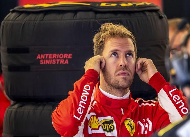 Sebastian Vettel ei pitänyt lähtöruuturangaistuksestaan.