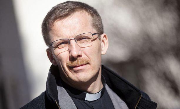 Jukka Keskitalon mukaan eduskunnan eilinen päätös ei vaikuta kirkon opetukseen tai käytäntöihin.