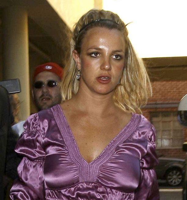 Britney Spears ei pääse oikeussali-istunnoista eroon.