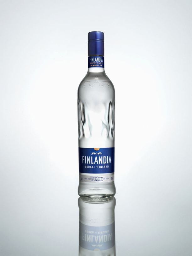 Tältä näyttää Finlandia vodkan uusi pullo.