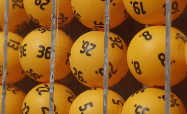 Puoli miljoonaa on lottovoittajan mielestä oikein sopiva summa.