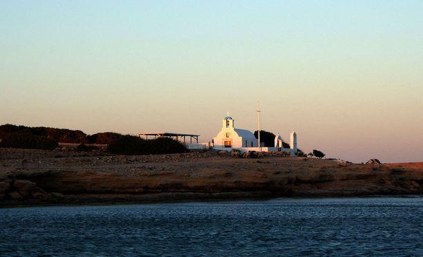 Kato Koufonisissa on muinaisten raunioiden perustalle rakennettu kirkko, Panagia.