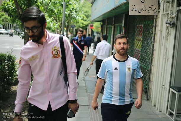 Vale-Messi on aiheuttanut hämmentäviä tilanteita liikkuessaan julkisilla paikoilla.