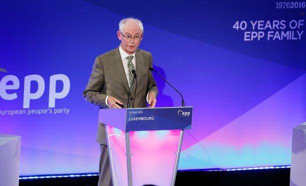 Eurooppa-neuvoston entisen puheenjohtajan Herman Van Rompuyn mielestä vaikeimmat brexitiä koskevat aiheet tulisi ottaa neuvottelupöytään vasta loppuvuodesta 2017.