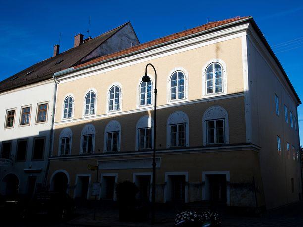 Hitlerin synnyinkoti sijaitsee Itävallan Braunaussa. Arkistokuva.