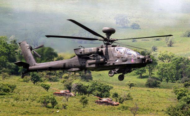 Nato aikoo kohentaa lentotukikohtaansa Albaniassa, maan pääministerin mukaan. Arkistokuva Nato-harjoituksesta.