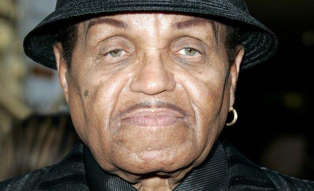 Joe Jackson, 89, menehtyi tällä viikolla haimasyöpään. Jacksonilla oli 11 lasta.
