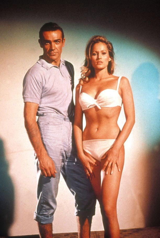 Sean Connery ja Ursula Andress