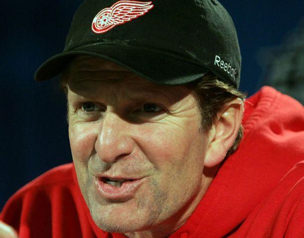 Mike Babcock aloitti NHL-päävalmentajauransa Anaheim Ducksissa vuonna 2002.