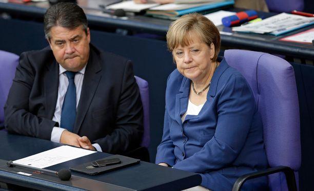 Muun muassa Saksan varaliittokansleri Sigmar Gabriel ja liittokansleri Angela Merkel ovat kommentoineet Kreikan ei-tulosta.