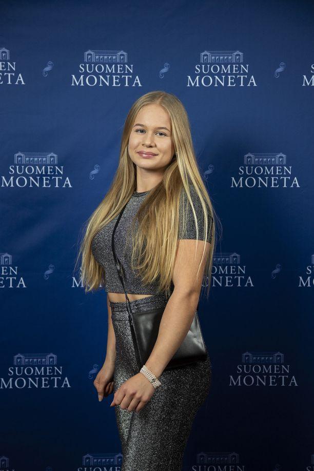Saga Andersson vietti pikkujouluja Suomen Monetan tilaisuudessa viime viikolla.