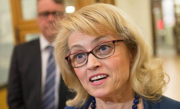 Päivi Räsänen vastustaa maksullista seksiä Suomessa.