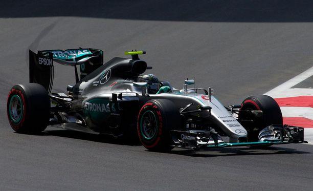 Nico Rosberg oli toisen osion nopein kuski.