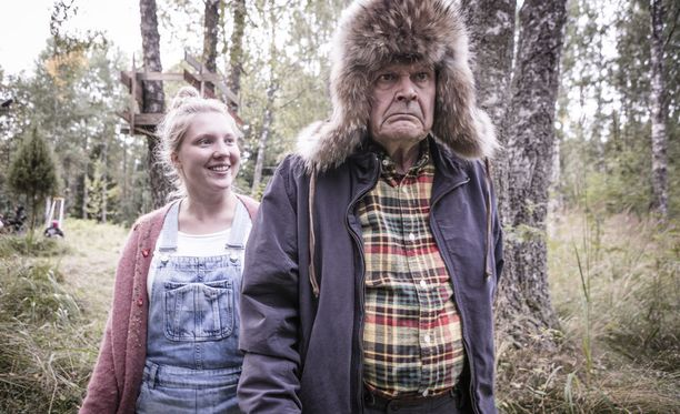 Heikki Kinnunen ja Satu Tuuli Karhu tähdittävät uutta Mielensäpahoittaja-elokuvaa.