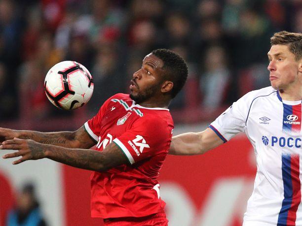 Farfan edustaa nykyisin Lokomotiv Moskovaa Venäjän Valioliigassa.
